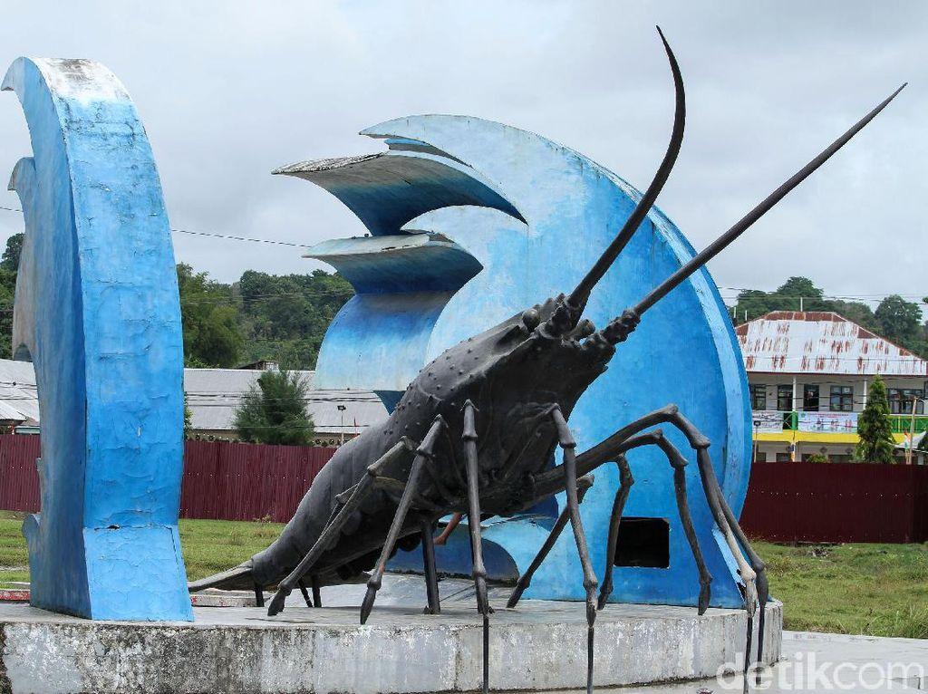 Tugu Lobster yang Jadi Kebanggaan Warga Sinabang
