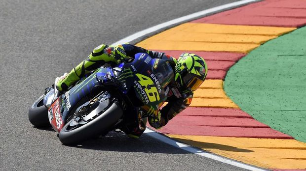 Monster Energy Yamaha's Italian rider Valentino Rossi rides during the fourth MotoGP free practice session of the Moto Grand Prix of Aragon at the Motorland circuit in Alcaniz on September 21, 2019. (Photo by JOSE JORDAN / AFP)
