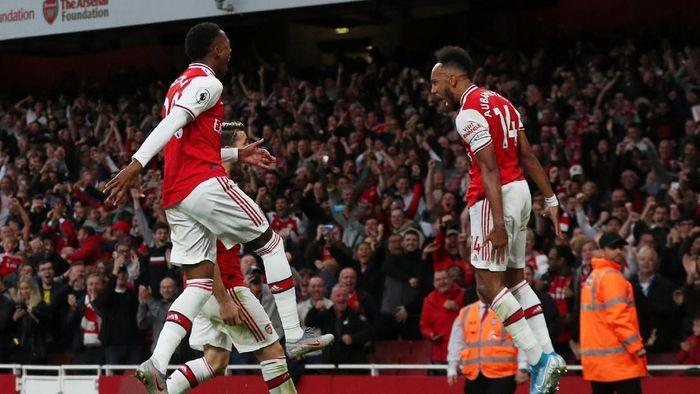 Arsenal justru tampil luar biasa saat tampil dengan 10 pemain saat kalahkan Aston Villa (Foto: REUTERS/Hannah McKay)