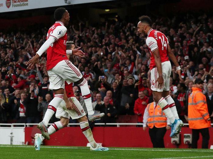 Arsenal disebut bisa mengalahkan Manchester United dengan serangan balik. (Foto: Hannah McKay/Reuters)