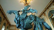 Patung Ayam Jantan Korban Kebakaran Notre-Dame Dipajang Lagi