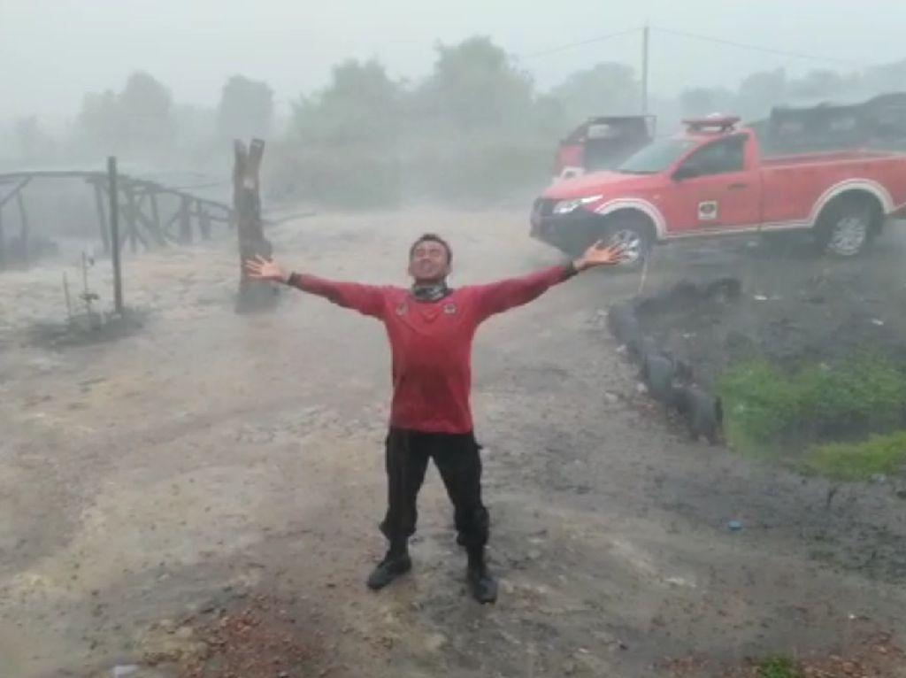 Hujan Buatan Guyur Beberapa Daerah Sumatera-Kalimantan, Hotspot Berkurang