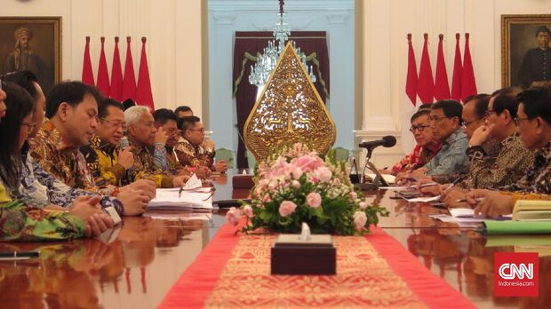 KSP: Jokowi Minta Polda Metro-Kodam Jaya Sikapi Aksi RKUHP