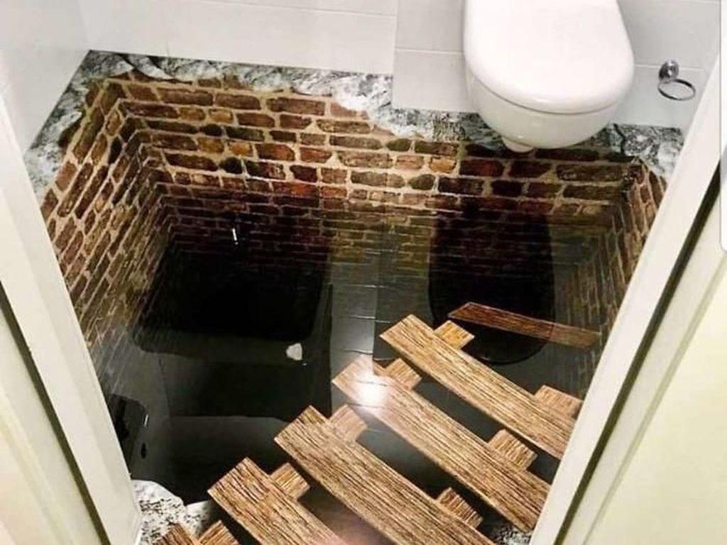 Potret Viral Deretan Toilet Paling Horor