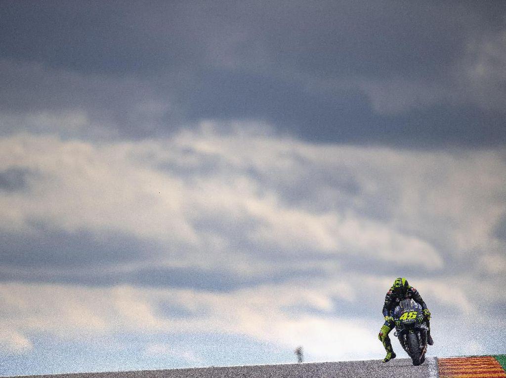 Keluh Kesah Rossi: Saya yang Paling Menderita Dibanding Quartararo dan Vinales