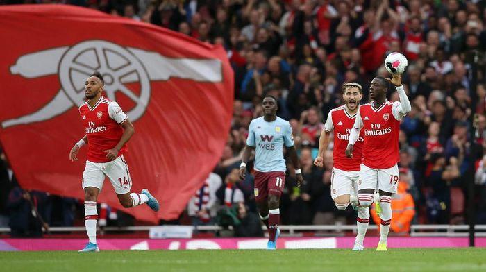 Nicolas Pepe merayakan golnya untuk Arsenal. (Foto: Steve Bardens/Getty Images)