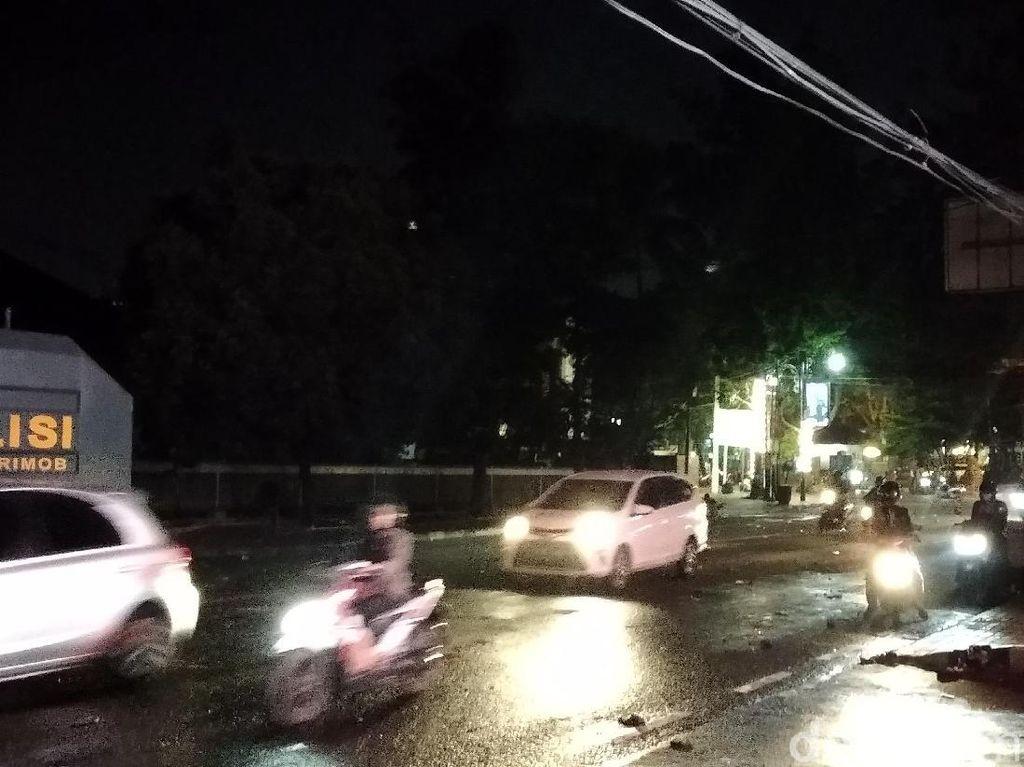Sempat Ditutup Akibat Demo Ricuh, Lalin di DPRD Jabar Kembali Lancar