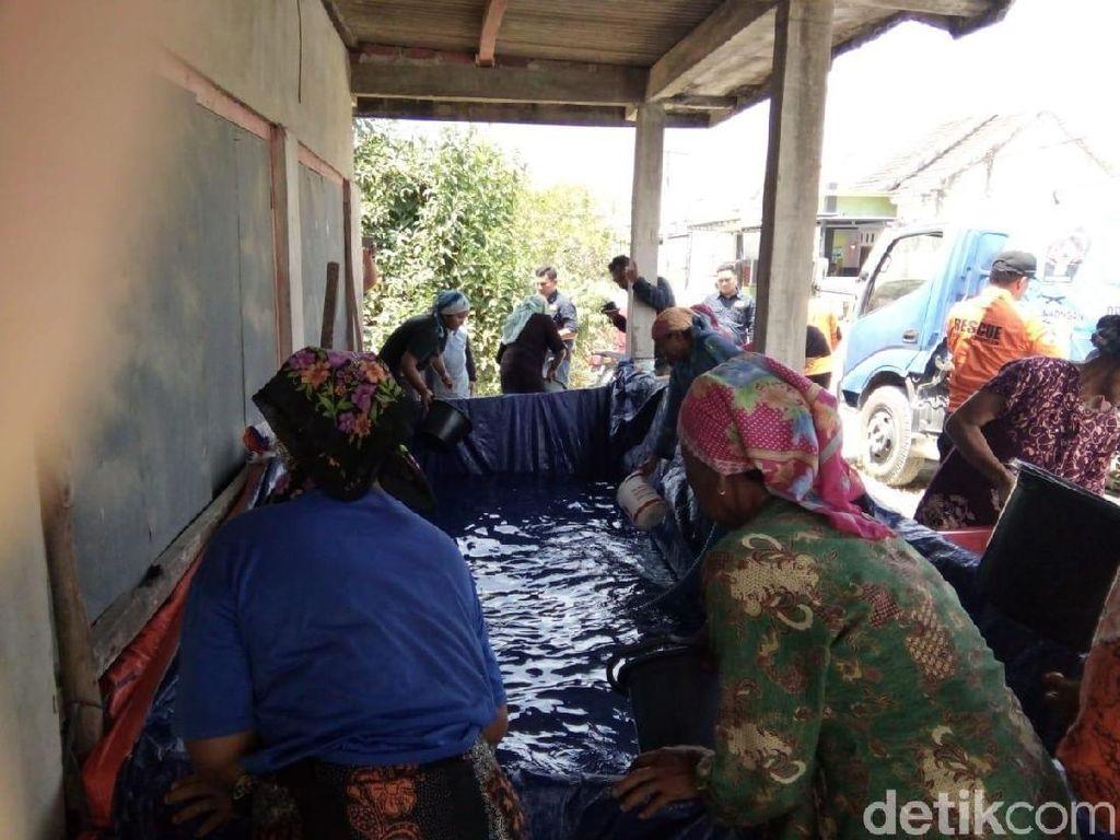 Tiga Bulan, 400 Tangki Air Dikirim ke Warga Lamongan Atasi Kekeringan