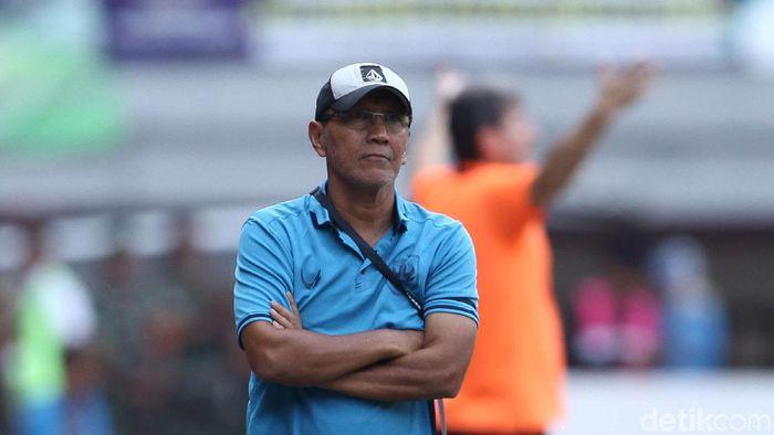 Bambang Nurdiansyah meminta maaf ke suporter karena gagal memberi PSIS Semarang kemenangan saat menjamu Perseru Badak Lampung FC dalam lanjutan Liga 1 (Rifkianto Nugroho/detikSport)