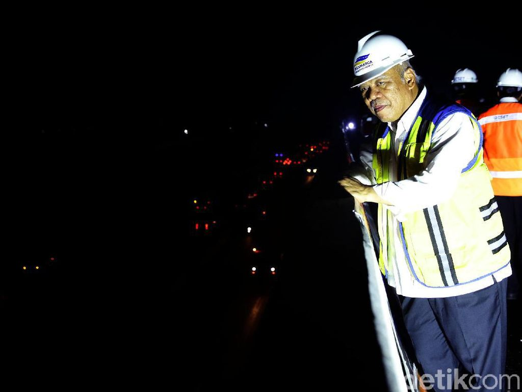 Dini Hari, Menteri PUPR Cek Uji Beban Tol Japek Layang