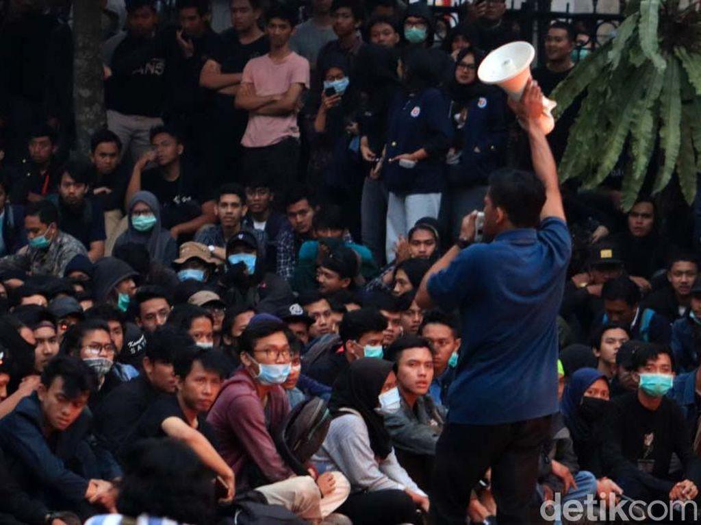 Anggota DPR: Mahasiswa Sudah Menang, Tak Perlu Demo Lagi