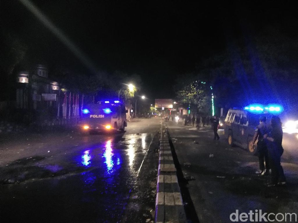 Satu Remaja Jadi Tersangka Demo Ricuh di Makassar