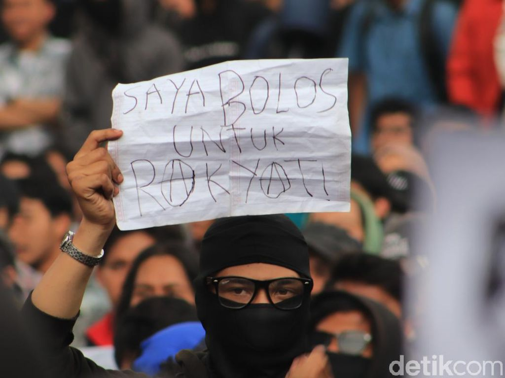 Kalapas Cipinang Undang Mahasiswa Pendemo RUU Pemasyarakatan Bermalam di Sel