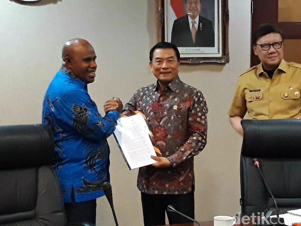 Pimpinan DPRD Ingin Bertemu Jokowi Sampaikan Masalah di Papua-Papua Barat