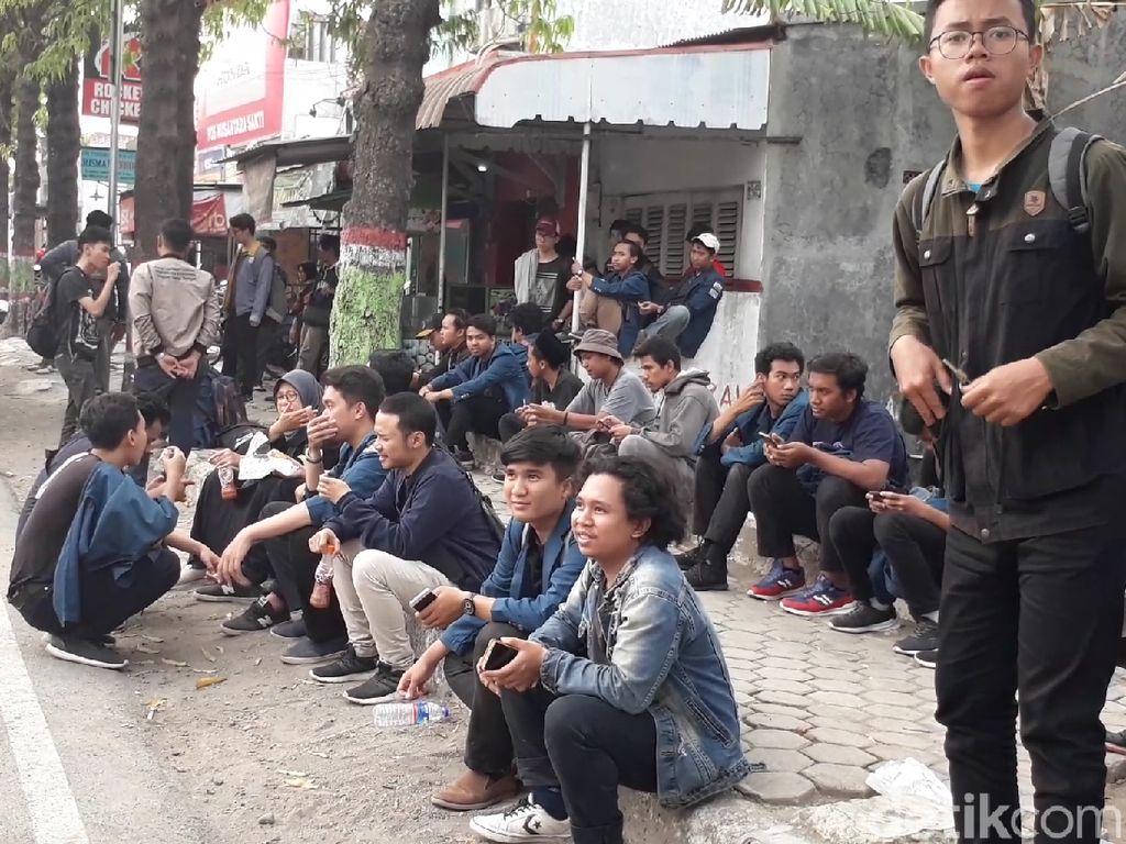 Polisi Brebes Bantah Hambat Mahasiswa Semarang yang Akan Aksi di Jakarta