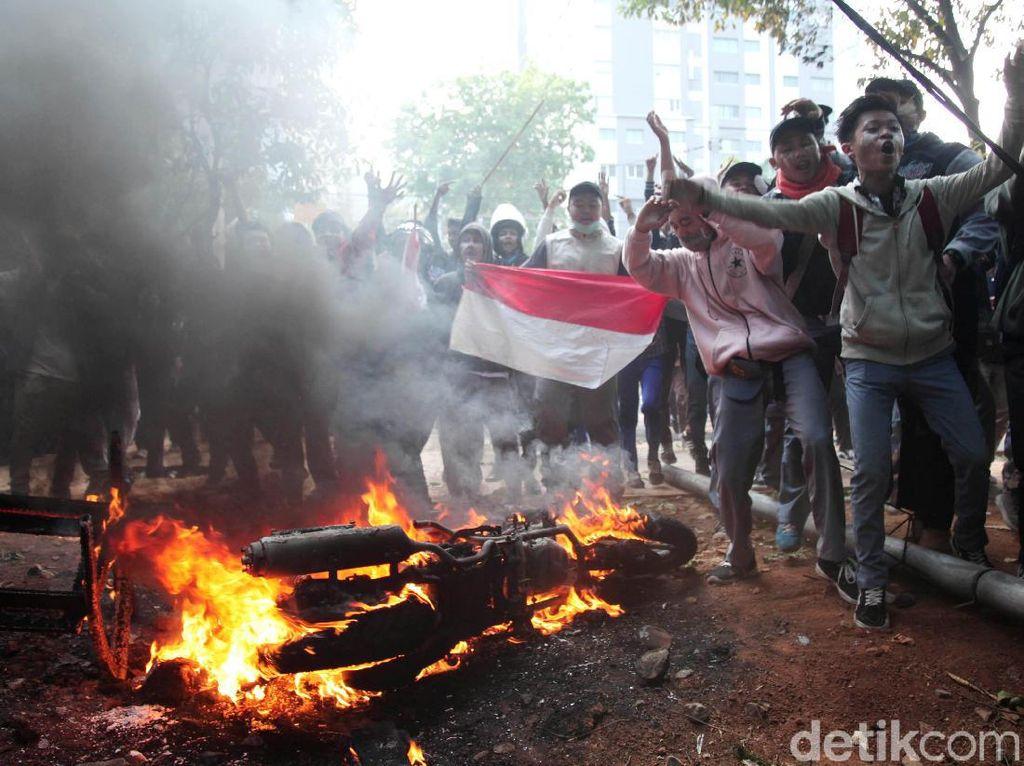 Demo Siswa STM Lebih Liar? Ini Kata Psikolog