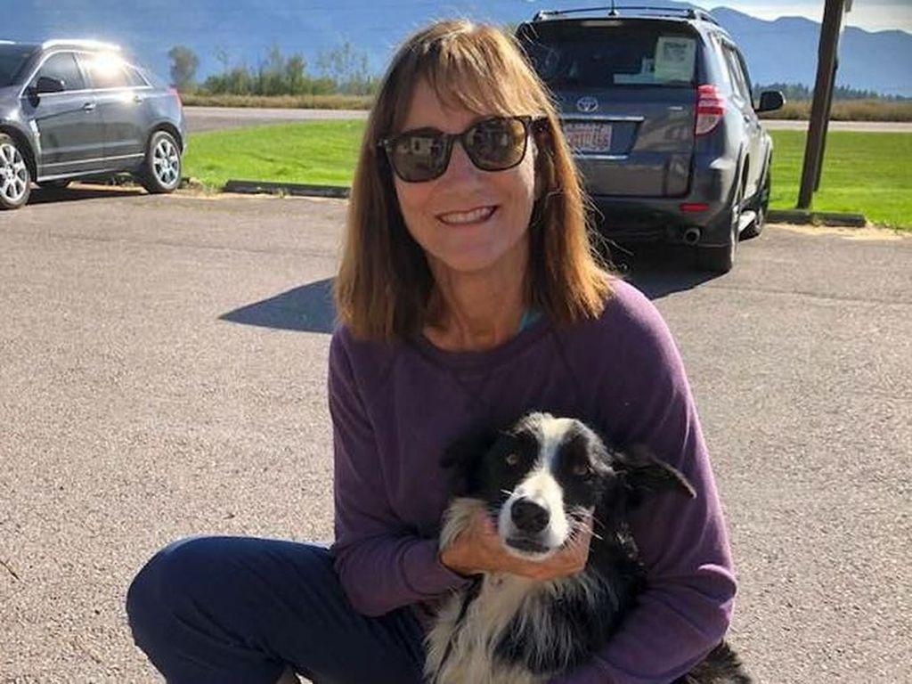 Pengorbanan Wanita yang Rela Berhenti Kerja Demi Cari Anjing Hilang