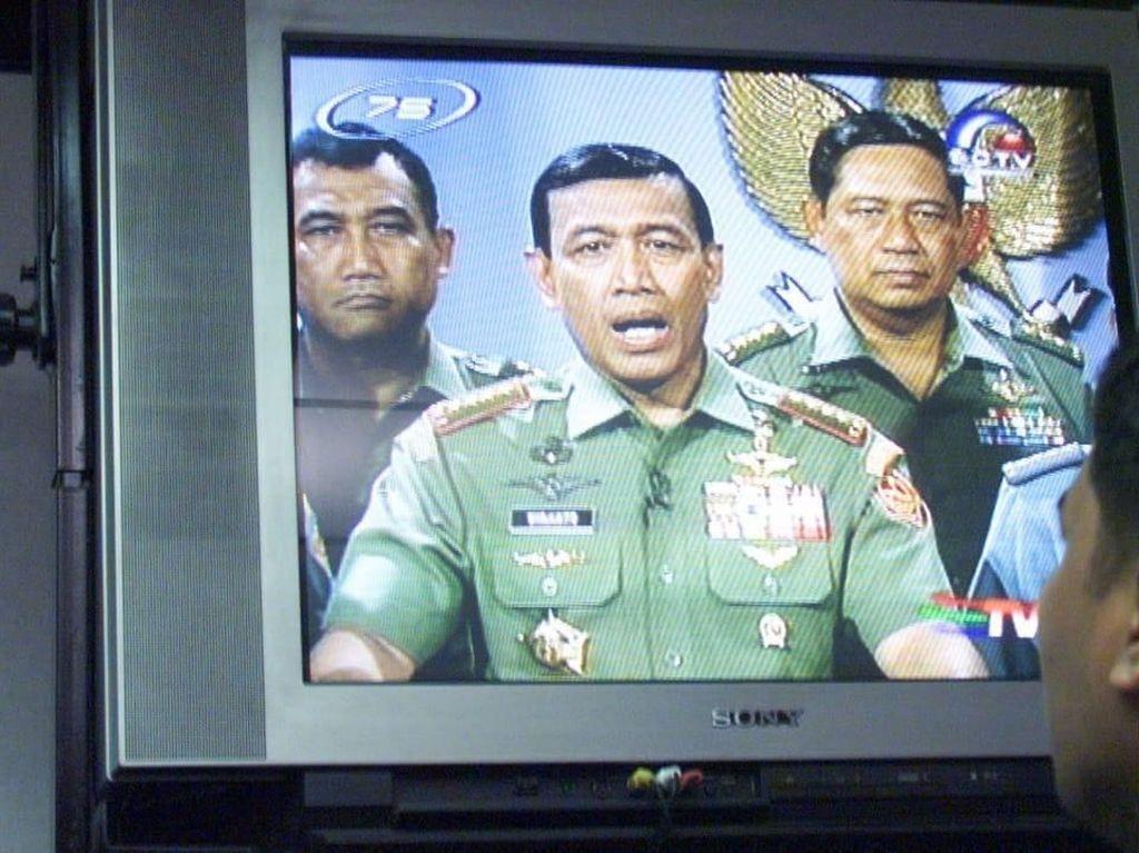Beda Cerita Wiranto Hadapi Demo Mahasiswa 1998 dan 2019