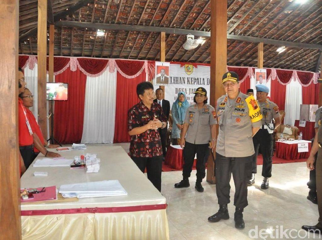 Naik Heli, Kapolda Jateng Pantau Pilkades Serentak di Wonogiri