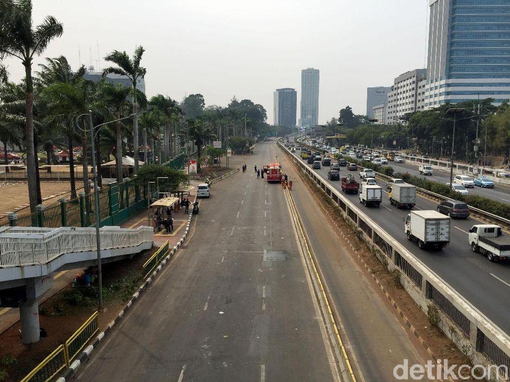 Jelang Pelantikan, Jalan di Depan DPR Masih Ditutup