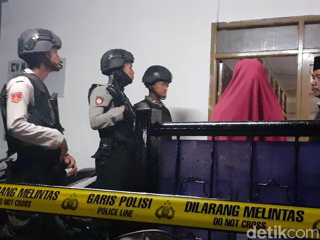 2 Terduga Teroris JAD Rakit Bom Kimia di Kamar Kontrakan Cimahi