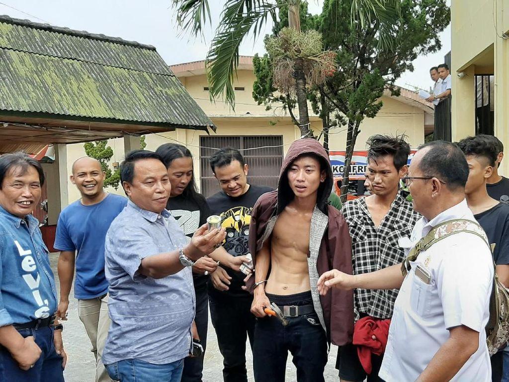 2 Pamalak Sadis Sopir Truk di Palembang Menangis Saat Ditangkap
