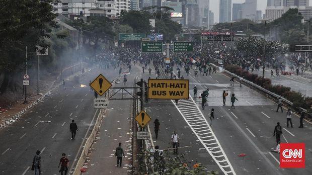 Awas, Demo Rusuh dan RKUHP Sentil Denyut Ekonomi RI