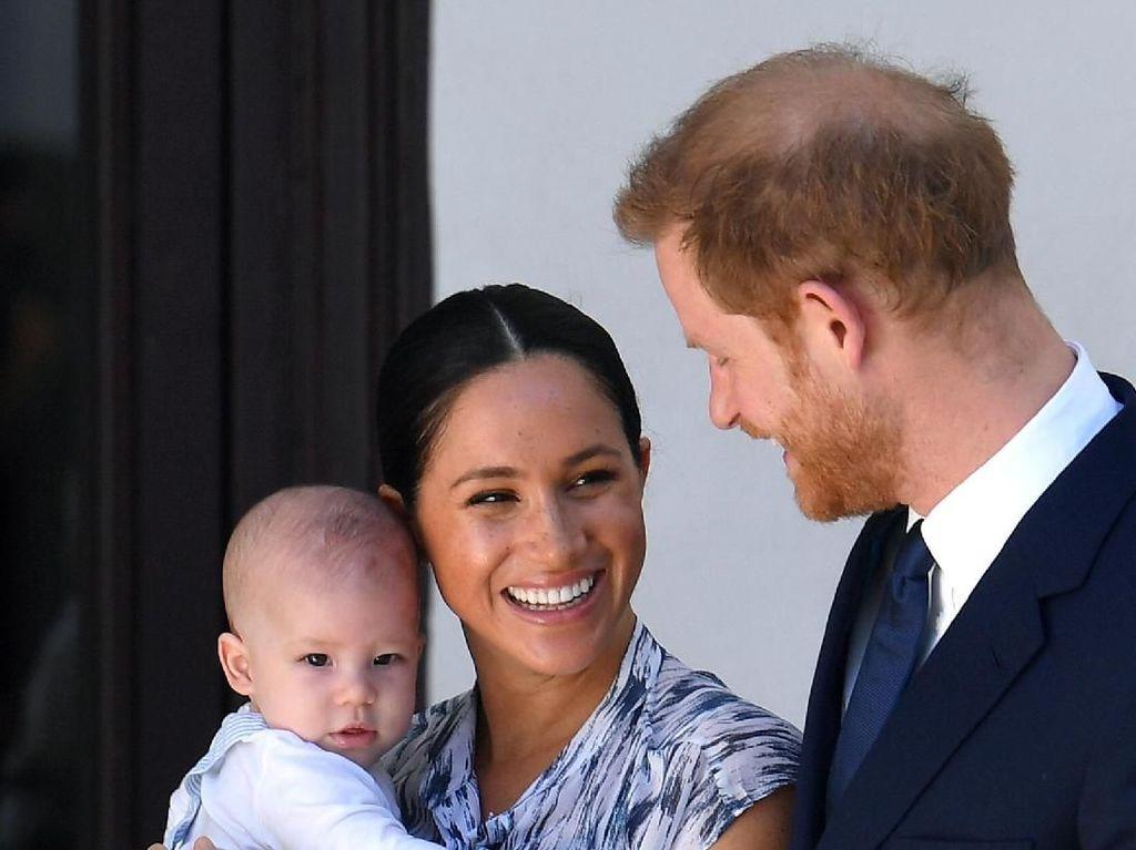 Begini Wajah Anak Pangeran Harry & Meghan Markle Saat Berusia 21 Tahun