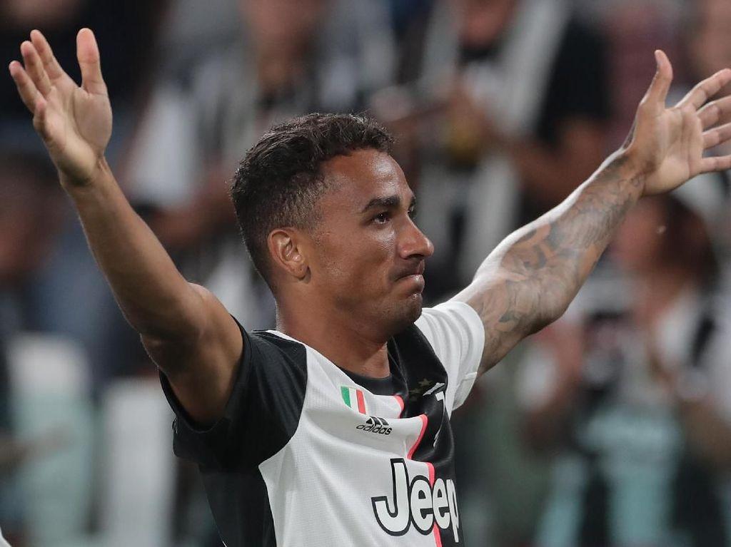Danilo Cedera, Juventus Krisis Bek Kanan