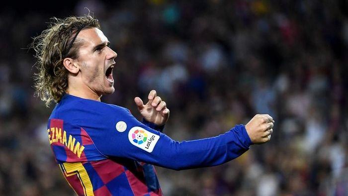 Didier Deschamps tak khawatir dengan kondisi Antoine Griezmann yang tampil melempem bersama Barcelona (Foto: Lluis Gene / AFP)