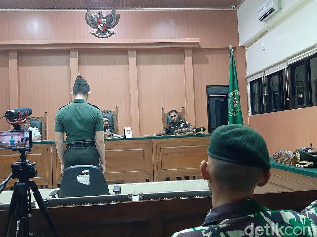 Sidang Vonis Prada Deri yang Mutilasi Fera Oktaria Dijaga Ketat TNI