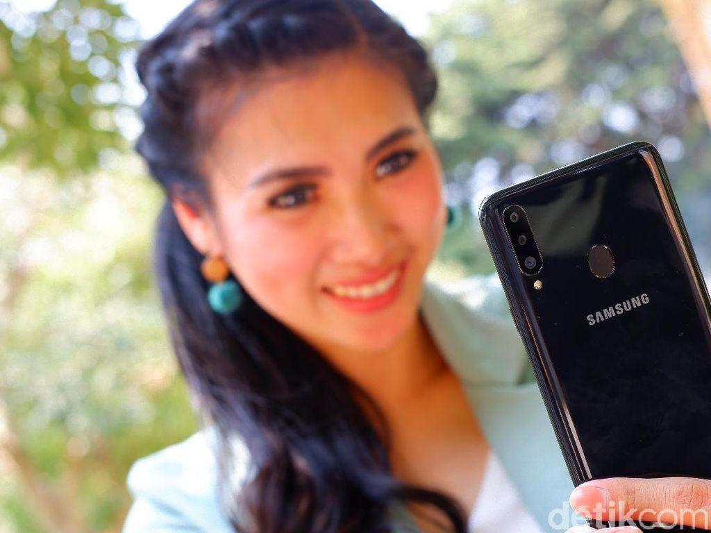 Samsung Raja Ponsel di Indonesia