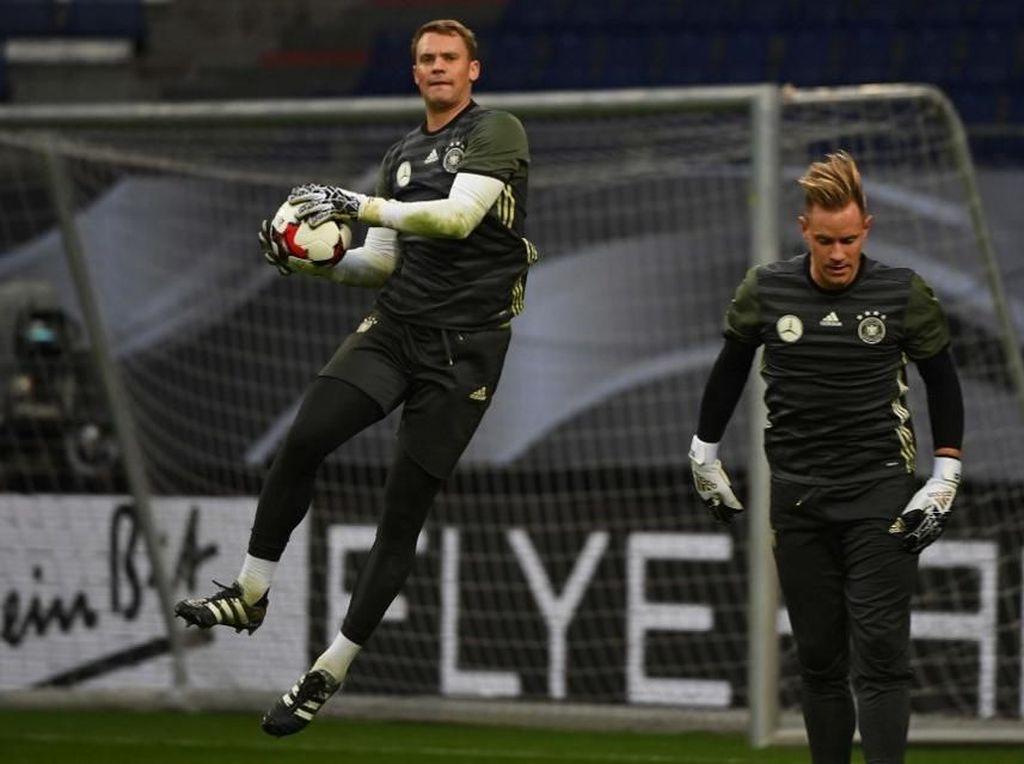 Terkait Cekcok Kiper Jerman, Bayern Tarik Ancamannya