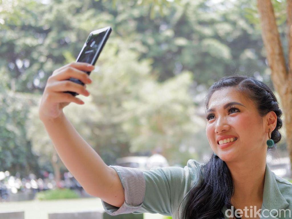 Samsung Siapkan Ponsel dengan Kamera Bawah Layar