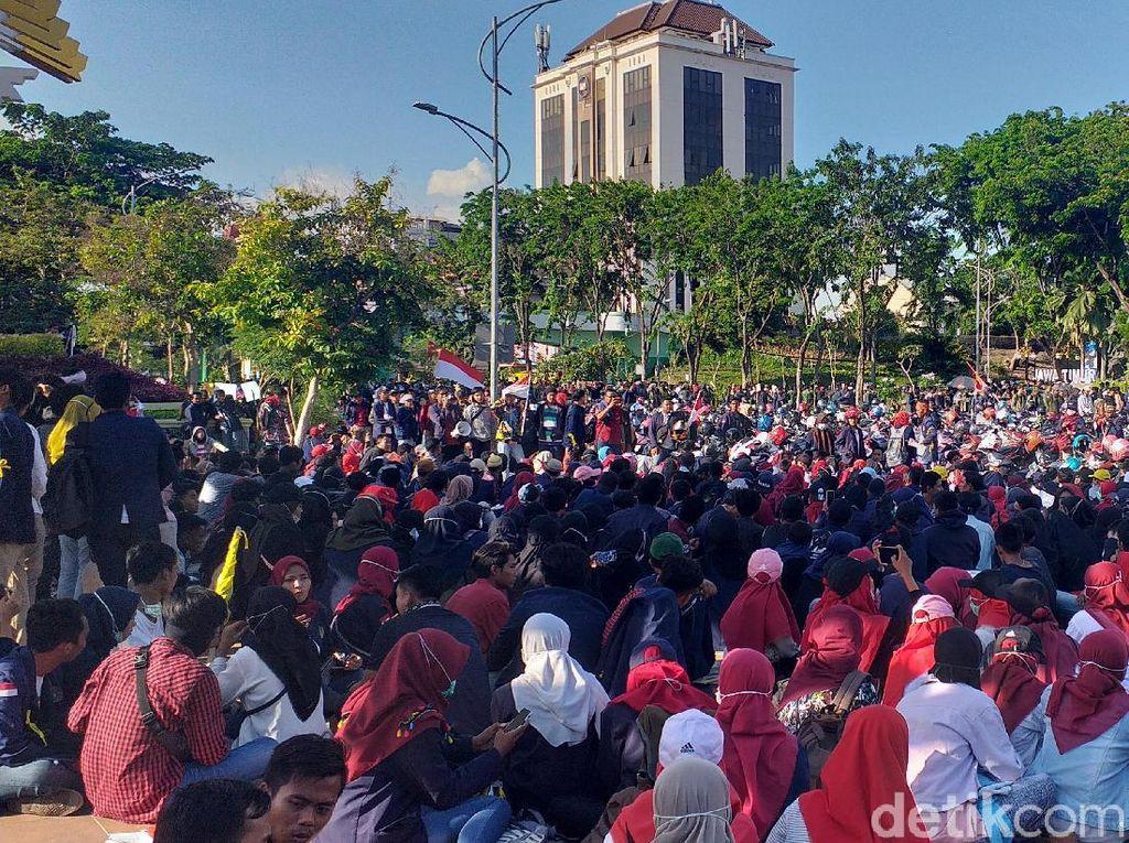 Dukung Aksi Demo Mahasiswa Indonesia, Demonstran Hong Kong: Tetap Kuat!