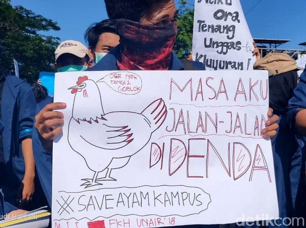 Aksi-aksi Santuy Mahasiswa yang Menghibur saat Demo Ini Viral