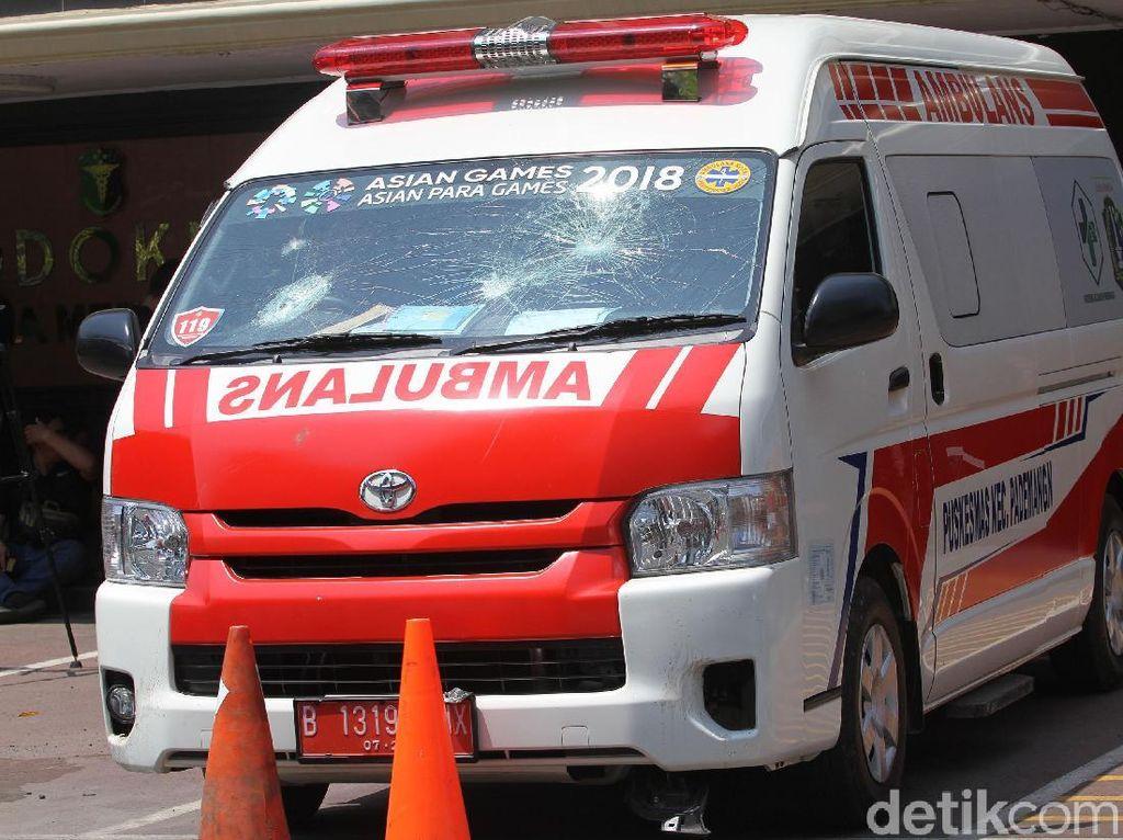 Tentang Ambulans yang Harus Didahulukan di Jalanan