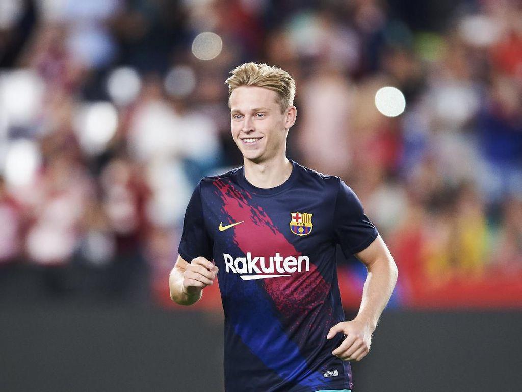 Demi Barcelona, De Jong Tolak Man City dan PSG