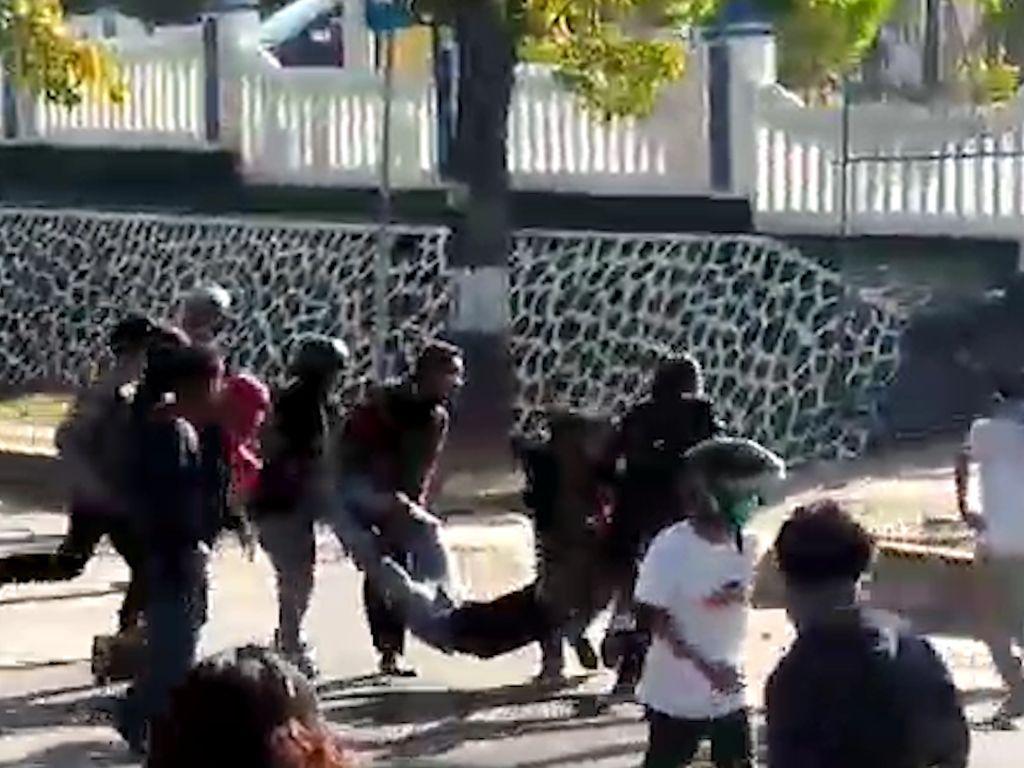 6 Polisi Bawa Senpi Saat Demo di Kendari Jadi Perhatian Serius Kompolnas