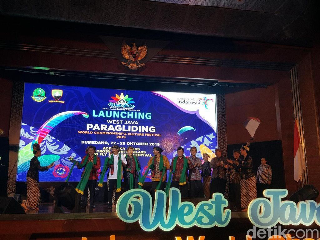 Sumedang Promosi Pariwisata di Kejuaraan Paralayang Internasional