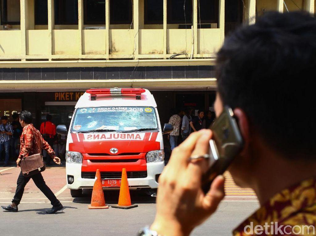 Pasca Ambulans Kemasukan Batu, Polisi Usul Ada Evaluasi Pelayanan Pasien