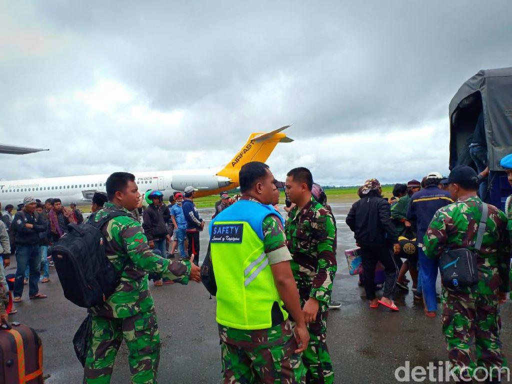 Jika Tak Kunjung Kondusif, PDEI Desak Kemenkes Evakuasi Nakes di Wamena