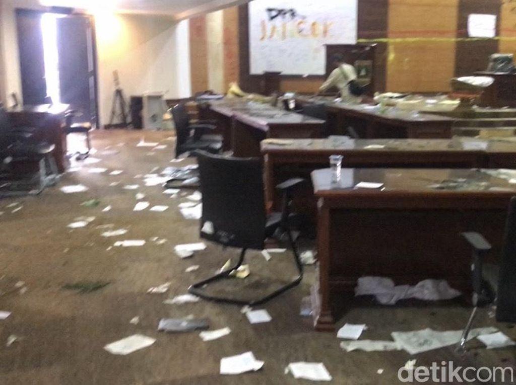 Tersangka Perusakan Gedung DPRD Sumbar Bertambah Jadi 3 Orang