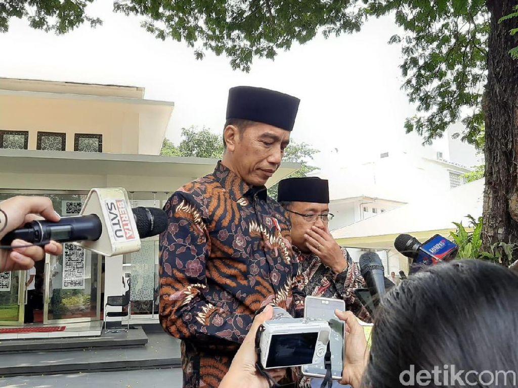 Komitmen Jokowi pada Demokrasi Ditagih, Kasus Dandhy Laksono Diminta Disetop