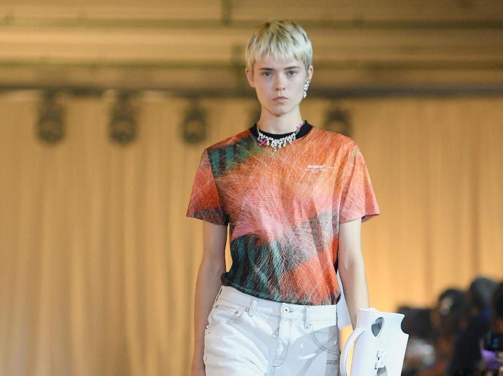 Tren dari Paris Fashion Week: Tas Bolong-bolong Rp 23 Juta dari Off-White