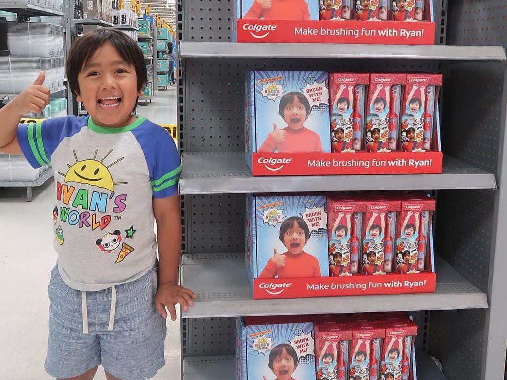 Anak 8 Tahun Ini Peringkat 1 Daftar YouTuber Terkaya Dunia, Raup Rp 364 M