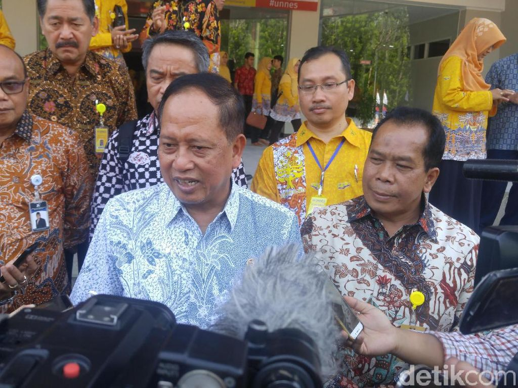 2 Mahasiswa Unhalu Tewas, Menristekdikti: Tunggu Laporan Rektor