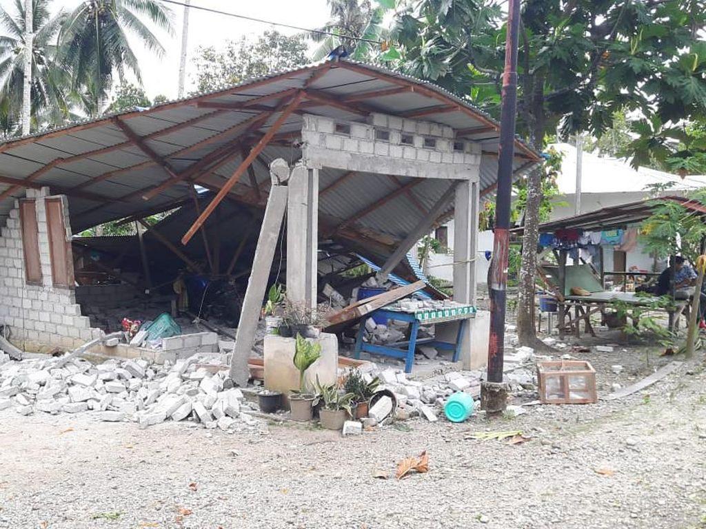 Korban Tewas Gempa Ambon Bertambah Jadi 30 Orang