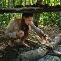 Pasangan Inggris Ajak Anaknya Bertahan Hidup di Pulau di Indonesia