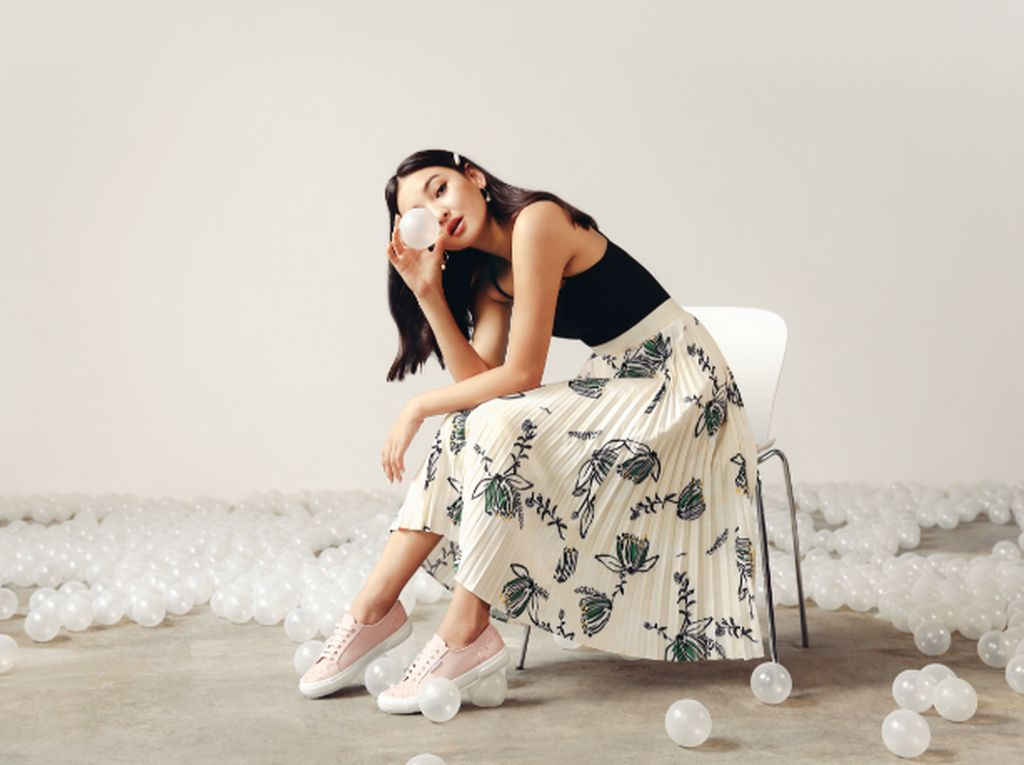 Kolaborasi Love, Bonito dan Superga Hadirkan Sneakers Stylish